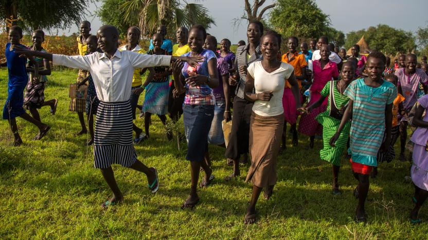 Warm up session before going to primary school in Thoanom, South Sudan