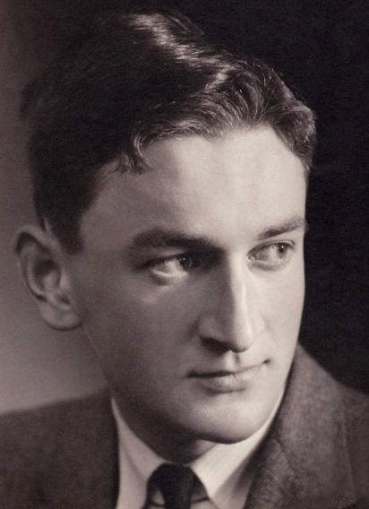 Picture of Hugh Pilkington as a young man